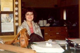 1980 - Leslie in NotreDameHS classroom-001