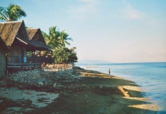 1989-6-philippines-panagsama-beach-084-tif
