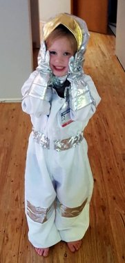 1-Astronaut Gwenny